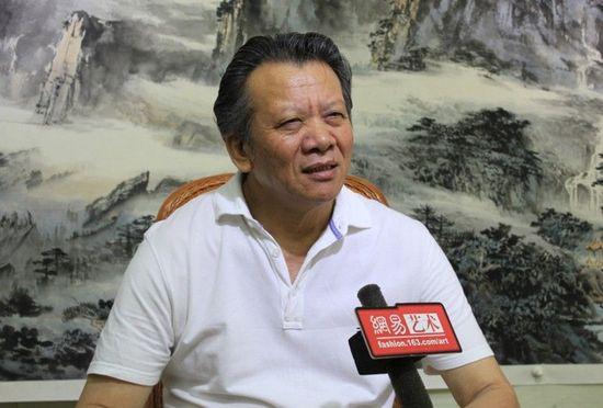 汤余铭先生接受网易艺术采访