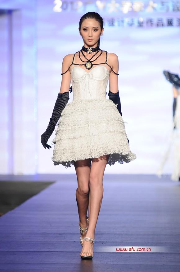 (多图)2012广州大学美术与设计学院服装设计毕业作品展演