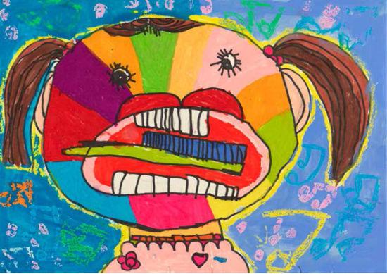"""作品《我爱刷牙》。作者李灵树----6岁--淄博市博山区池上镇中心幼儿园。 据了解,本次展览以""""美丽中国·我的梦""""为主题,汇集了山东省各地幼儿的创意绘画作品,集中展示我省幼儿所看、所想、所梦的童真世界,反映幼儿热爱祖国、热爱生活、热爱艺术,充满阳光、童心的美丽中国梦。展览共收到投稿作品11122件,经过由我省高水平专业艺术家组成的评委团严谨认真的评审,共有1000件作品通过初评,500件作品最终入选,其中包括金奖10名、银奖20名、铜奖30名、优秀奖100名,代表了山"""