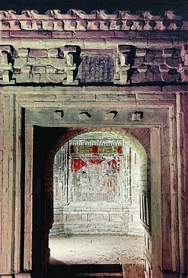 宋金时期仿木结构建筑墓葬的室内装饰除了开芳宴,杂剧,牡丹外,还有