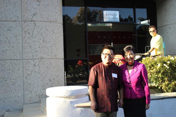 美国国会议员(Judy+Chu)赵美心在李德哲美术馆.JPG