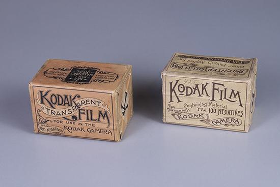 藏品:未拆封的19世纪80年代柯达胶卷