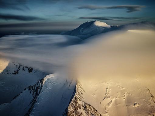 摄影师Tim Kemple气势恢宏的雪山风光摄影