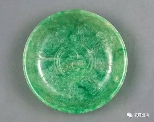 翠太极纹浅盘(图片来源于网络)