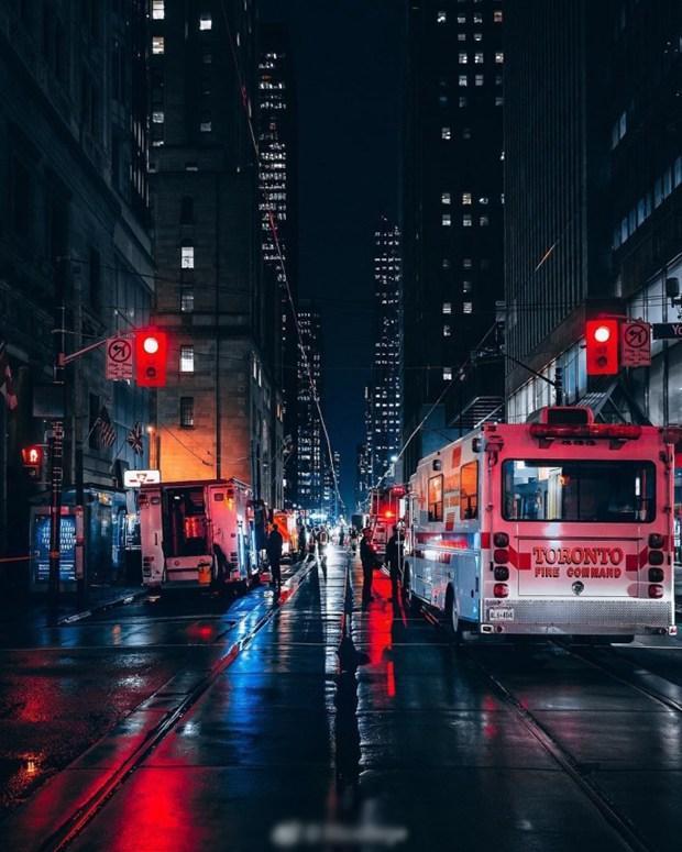 加拿大城市街头夜景摄影图片