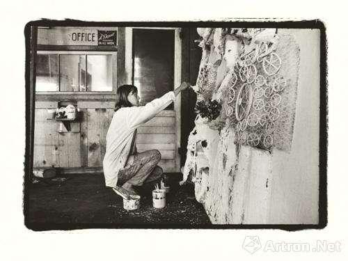 """法国雕塑家""""妮基·桑法勒""""(1963)"""