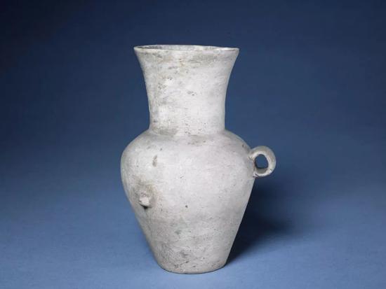大汶口文化白陶双系壶