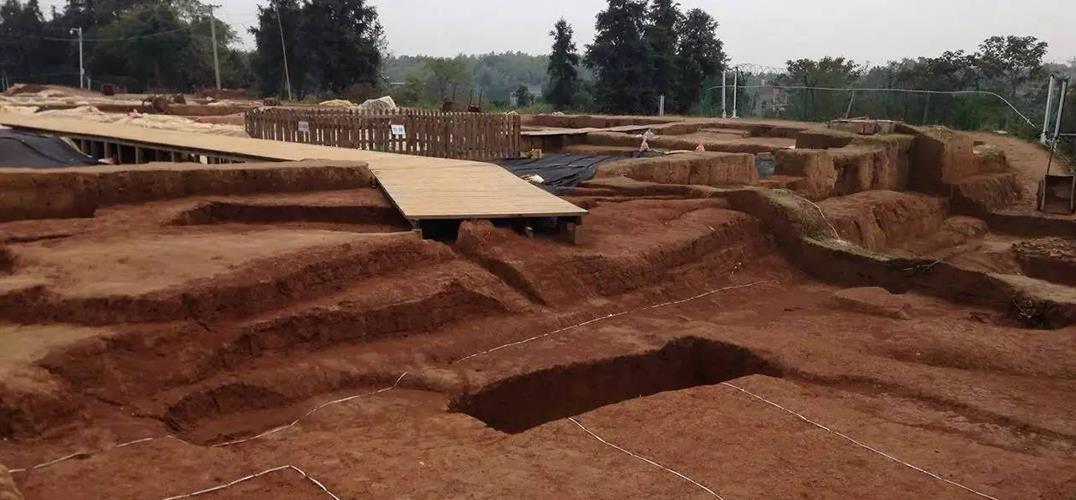 江西安福发现西汉时期高等级墓葬