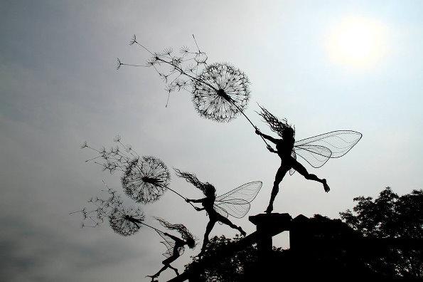 仙女与蒲公英:英国雕塑家罗宾·怀特作品